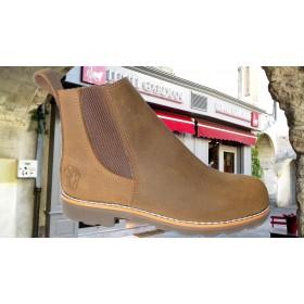 modèle boots foncée