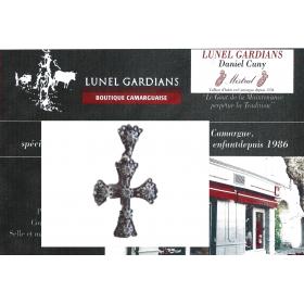 Bijoux de procence : Croix Arlésienne Belliere,chaton