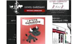 """Livres - Crochet - Trident:- Figurines """" Cheval et Taureaux de camargue """""""